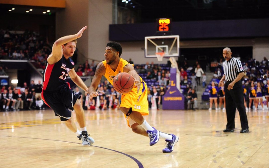Men's basketball projected fourth in preseason polls