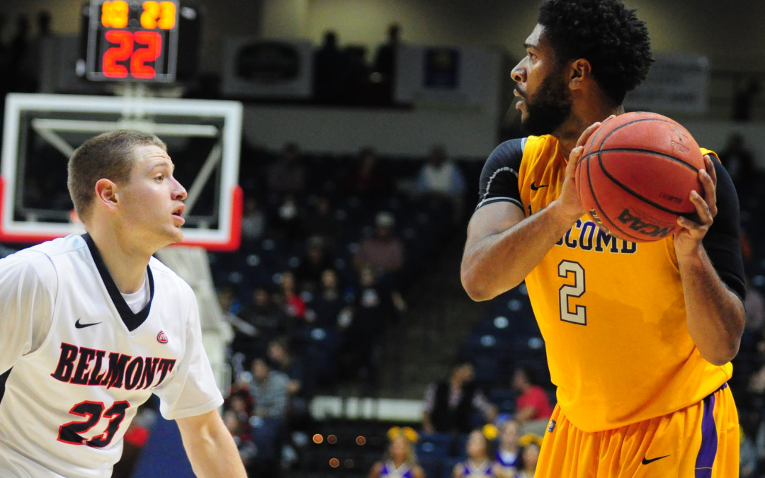 Men's basketball loses to Belmont in Battle of the Boulevard