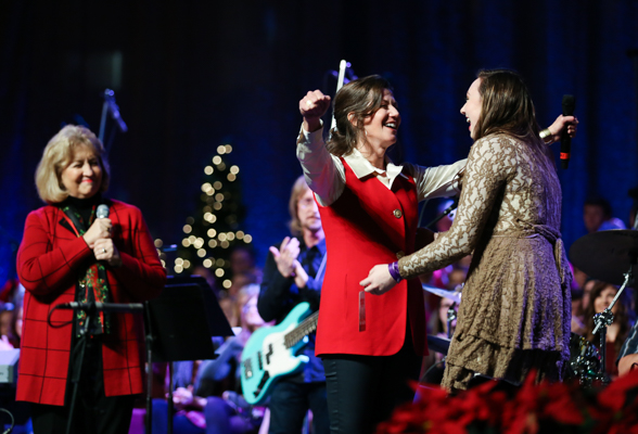 11th Lighting of the Green brings holiday cheer; Grant scholarship awarded to student Sarah Wood