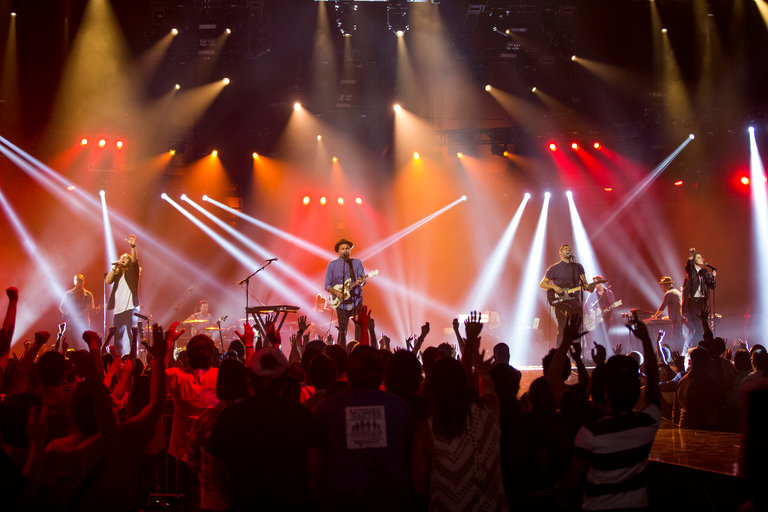 'Let Hope Rise' offers closer look at Hillsong United