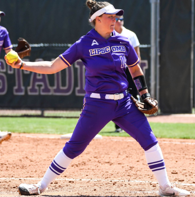 Softball shuts out Belmont 5-0 in Tuesday night tilt