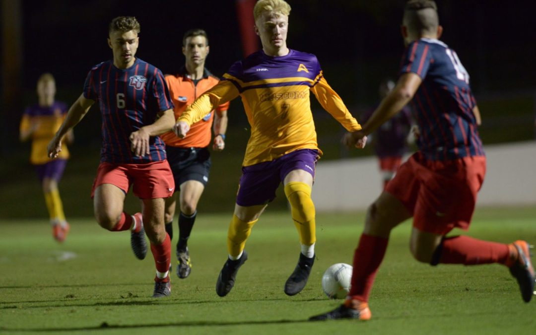 Men's soccer suffers tough loss against Memphis