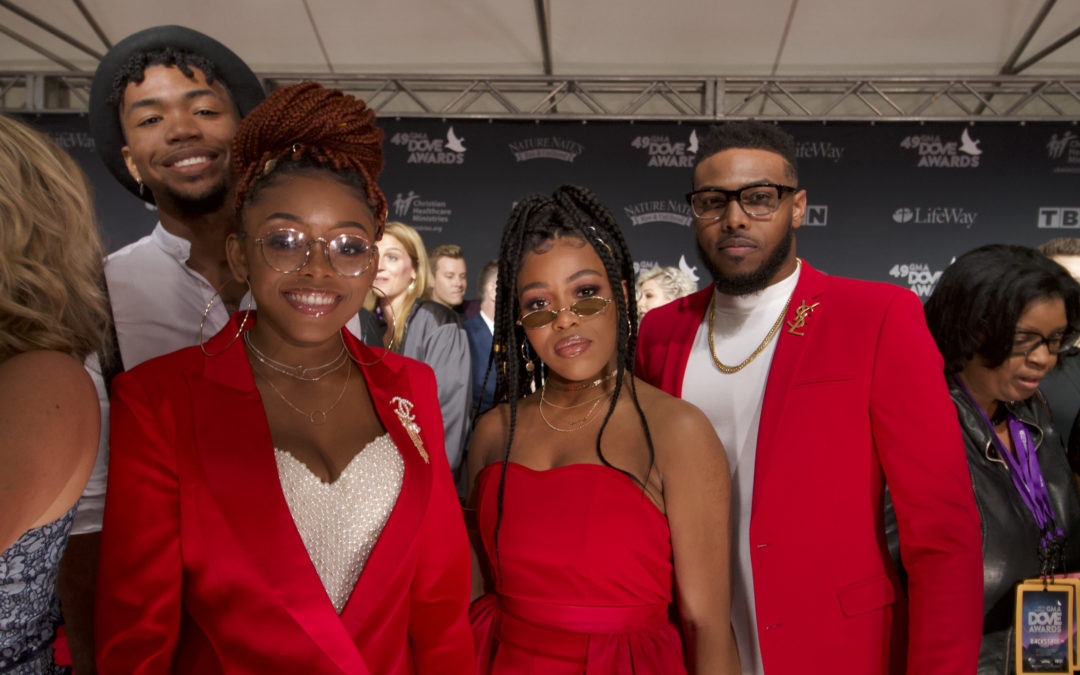 2018 Dove Awards red carpet photo gallery