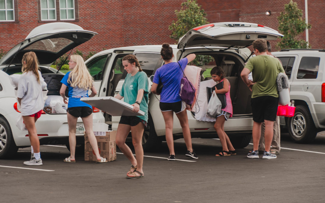 Gallery: Move-in day at Lipscomb