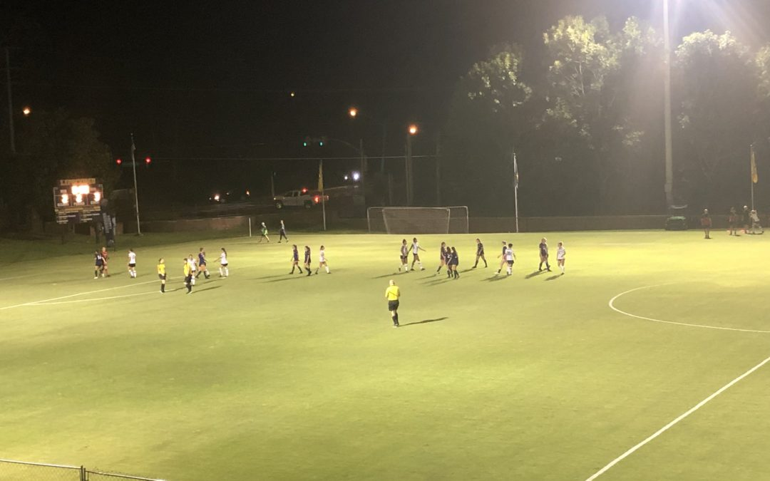 Women's Soccer defeated thanks to penalty kick