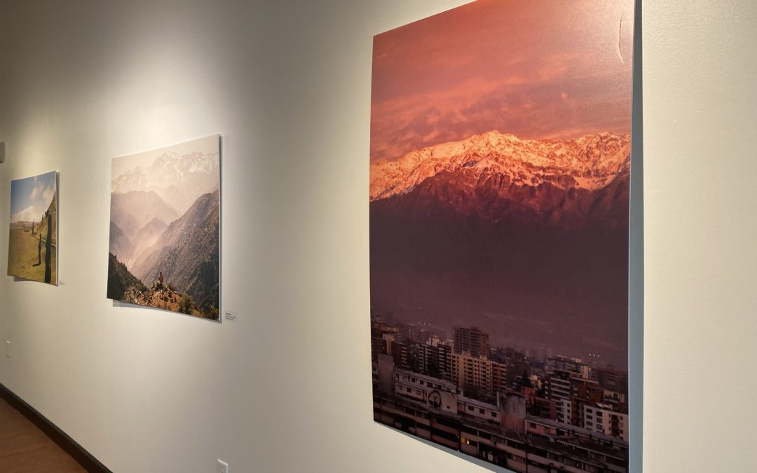 Global Learning student photos spotlighted in Worldview exhibit
