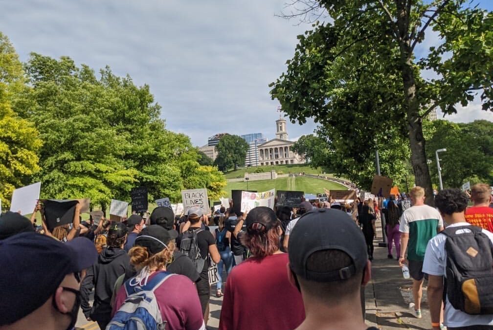 Lipscomb alum describes Nashville's massive, peaceful protest of deadly police tactics, Floyd killing