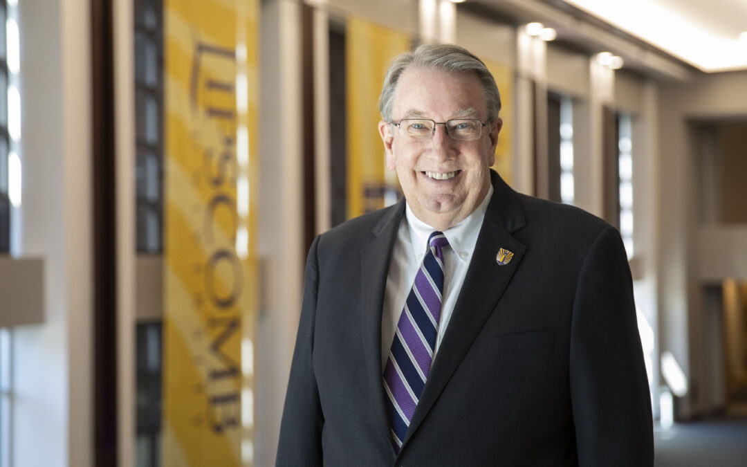 President Lowry to transition to chancellor in near future after 16 years as president