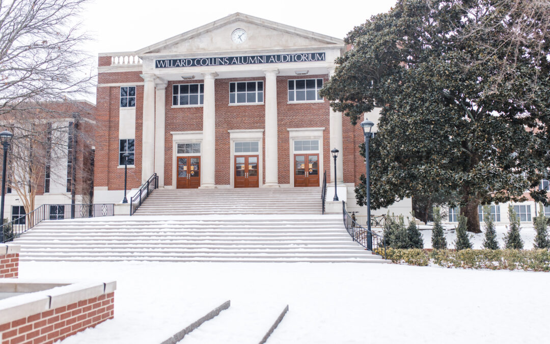 Gallery: Snow blankets campus and moves classes fully online on Monday