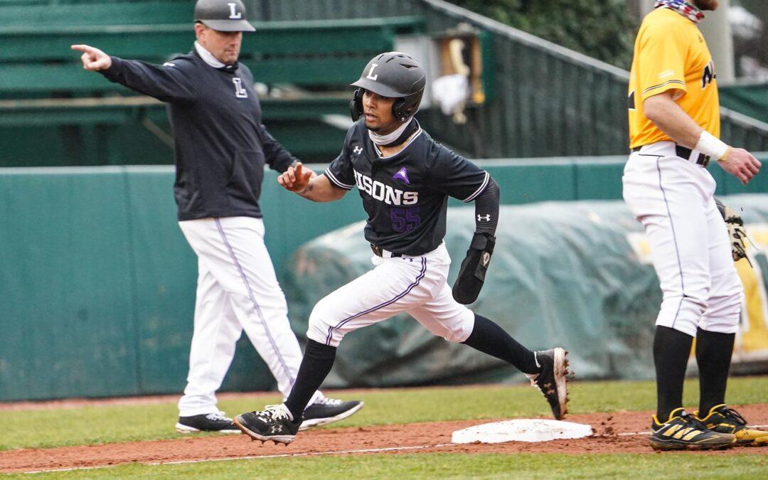 Baseball takes Easter weekend series against Bellarmine Knights