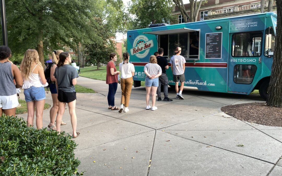 Gallery: Students celebrate finishing the first week of classes with Retro Sno Cones