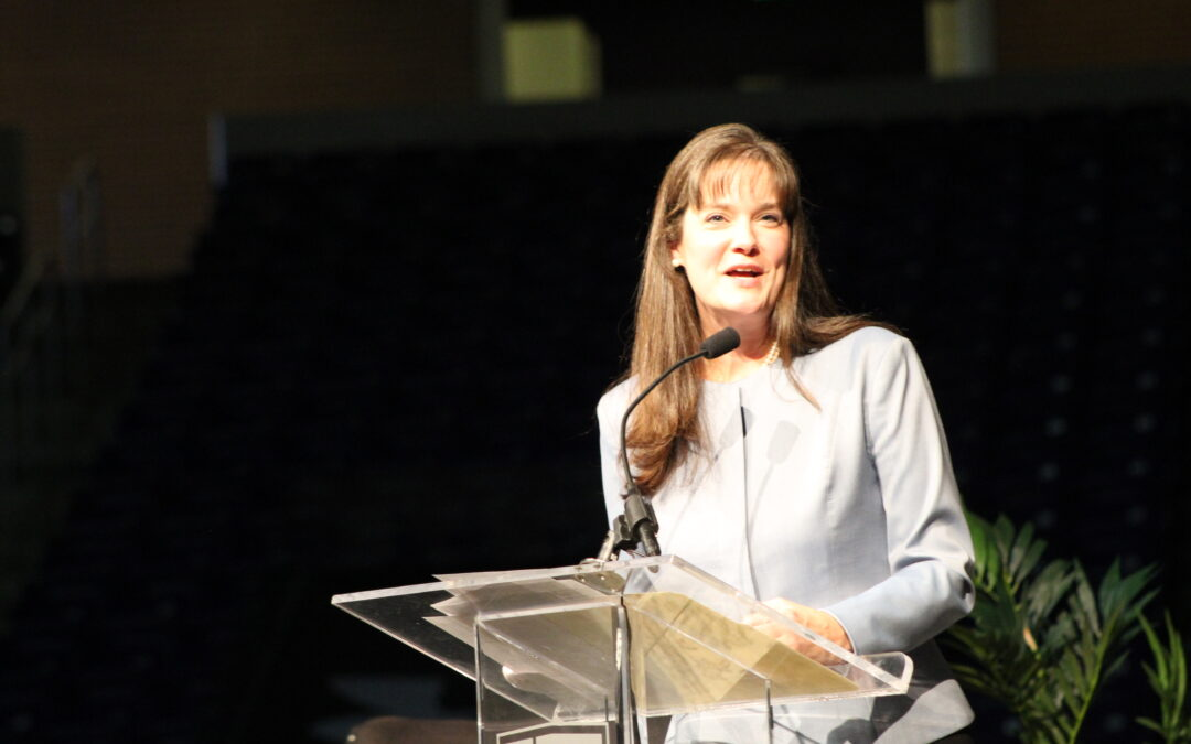 McQueen addresses students during first Gathering as president